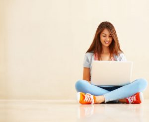 woman laptop Fotolia 30622982 Subscription XXL 300x246 - Top Tips To Culminate The Response To Your Social Media Posts